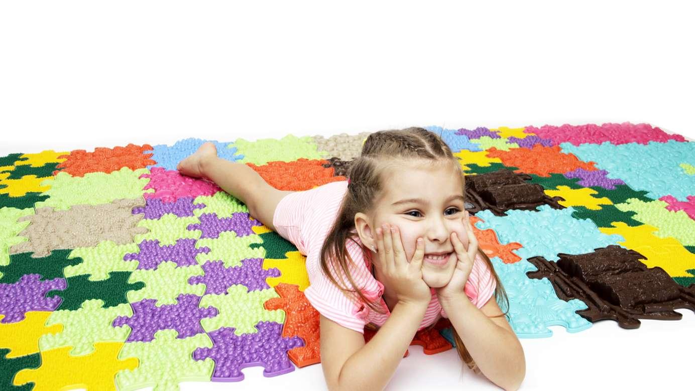 játék találkozik a gyermekek