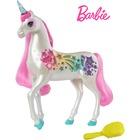 Barbie Dreamtopia: Unicorn în culori strălucitoare şi magice