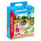 Copii cu bicicletă şi patine cu rotile - 70061
