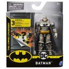 DC Batman: Batman szürke ruhában akciófigura meglepetés kiegészítőkkel