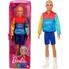 Barbie Fashionistas: Păpușă Ken biciclist într-un suport cu fermoar