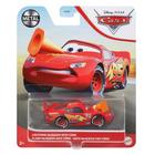 Verdák: Lightning McQueen kisautó bójával 1:55