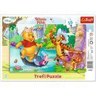 Trefl: Winnie the Pooh - O vânătoare de comori - puzzle cu chenar cu 15 piese