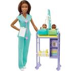 Barbie karrierista babák: Barna bőrű gyerekorvos ikerbabákkal