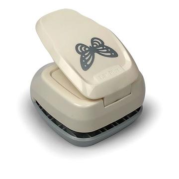Pillangó 3D sziluett formalyukasztó - 38 mm
