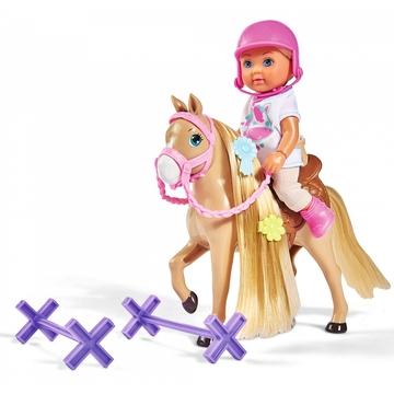 Évi Love: baba lóval - . kép