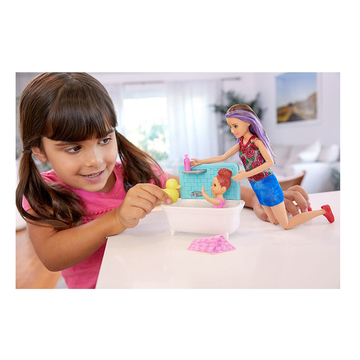 Barbie Skipper: Păpuşă Skipper babysitter brunet cu bebeluş cu păr roşcat - .foto