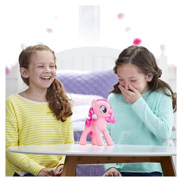 My Little Pony: Nevető Pinkie Pie - . kép