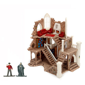 Harry Potter: Griffendél ház torony, fém figurákkal - . kép