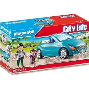 Playmobil: Anyuka kislányával és cabrio-val 70285