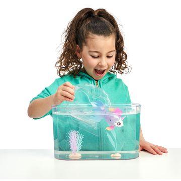 Little Live Pets: Úszkáló halacska akváriummal - . kép