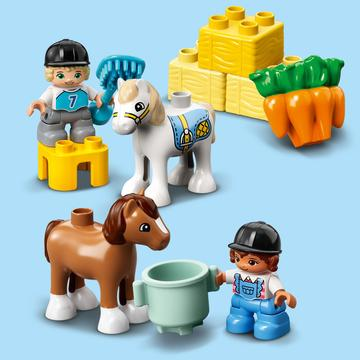 LEGO DUPLO Város: Lóistálló és pónigondozás 10951 - . kép