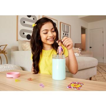 Barbie: Chelsea Color Reveal - Păpușă surpriză cu accesorii - seria Nisip și soare - .foto